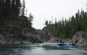 Raft float trip on Middle Fork of Flathead River