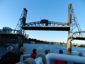 PDX Willamette River Hawthorne Drawbridge